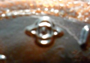 Diamond and oval entwined with I in center - Owens-Illinois