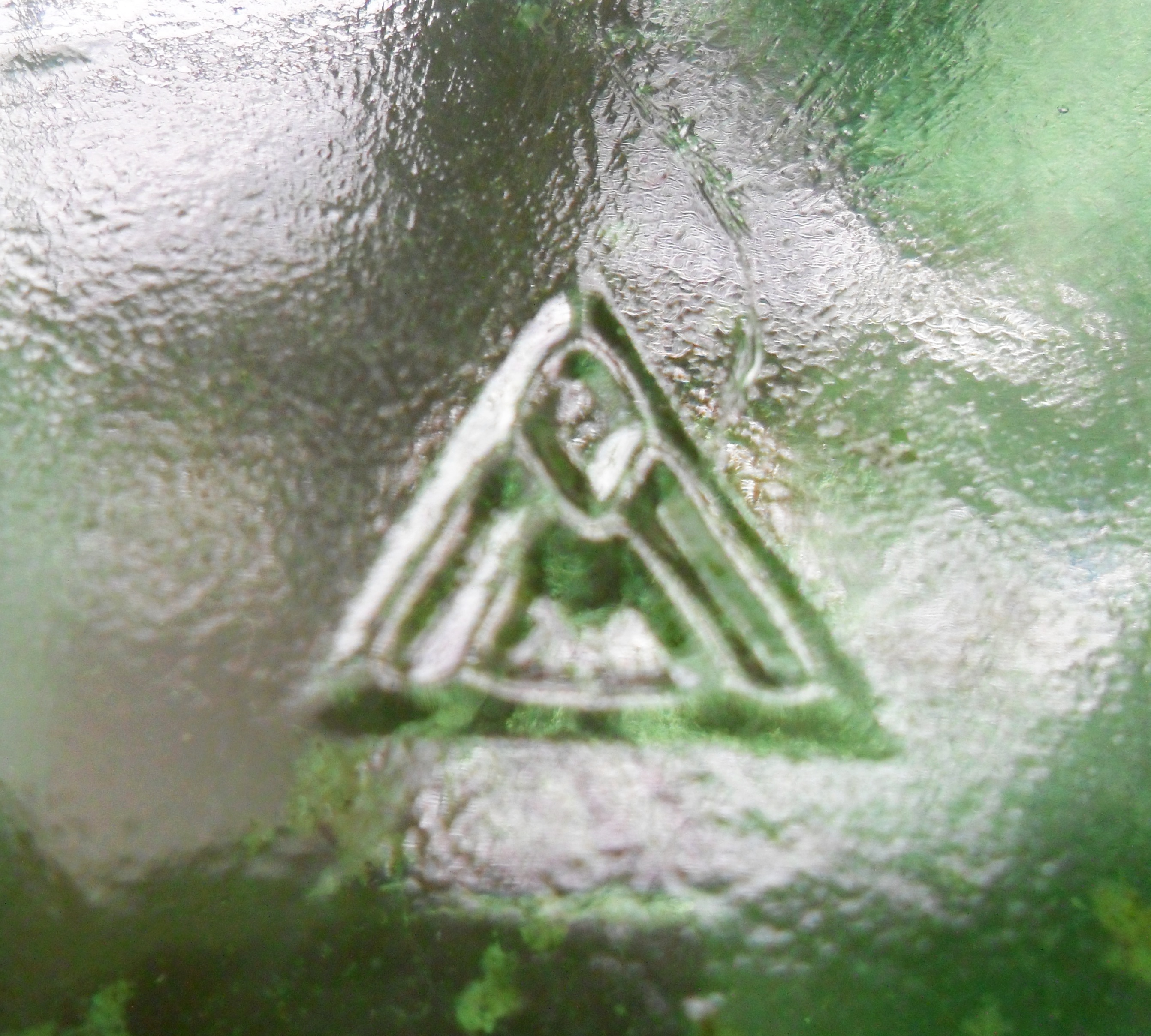 Glass manufacturers marks on bottles page 5 vidriera monterrey monogram on base of wine bottle date coded 1956 biocorpaavc Gallery